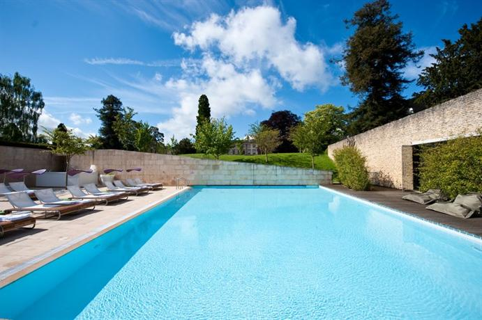 All You Need To Know About Smart Pool Services
